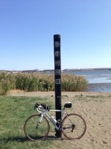 多摩川河口へロードバイク